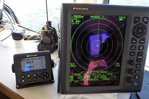 北海道津軽海峡地区函館銭亀漁礁設置工事 ブロック沈設箇所測定