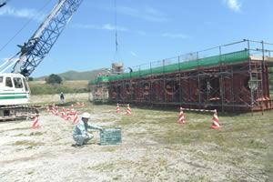 北海道津軽海峡地区函館銭亀魚礁設置工事(25補正) コンクリート打設状況
