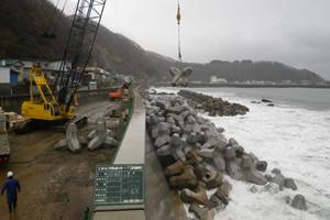 元村恵山線(A地-117)工事(繰越明許) 消波ブロック据付状況