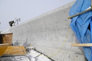 元村恵山線(B地-7-82)工事(補正明許外) 海岸擁壁 施工完了