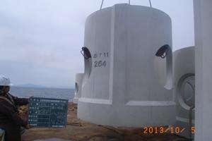 北海道津軽海峡地区函館銭亀魚礁設置工事(24補正) ブロック沈設状況