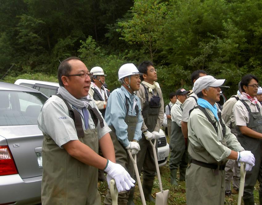 北海道魚道研究会 魚道清掃ボランティア活動