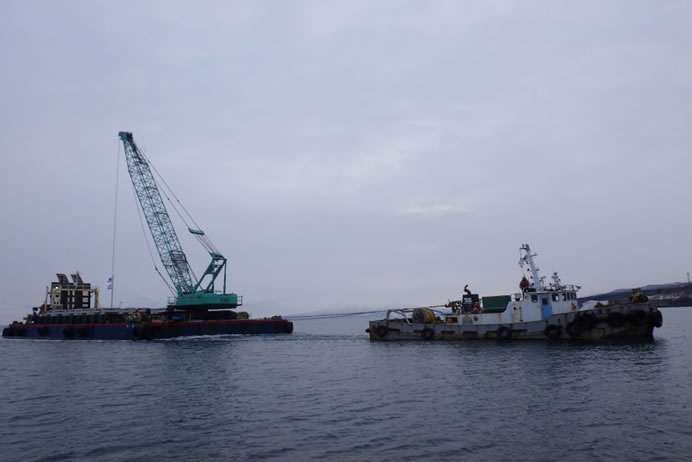 噴火湾周辺地区八雲南部増殖場造成工事 運搬沈設