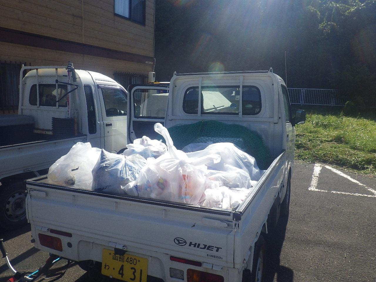 瀬棚町・町道 草刈り・ゴミ拾いボランティア